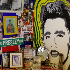Elvis Religion: Pilgrims and Shrines