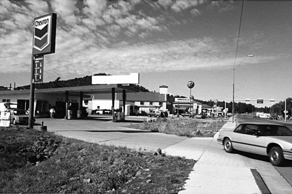 Figure 1a) Williams, Arizona, 1992. Photograph by Ian Walker