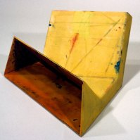 Garth Evans, Horse's Mouth, 1987, epoxy resin, fibreglass, paint over foam core, 33 x 71.1 x 58.7 cm
