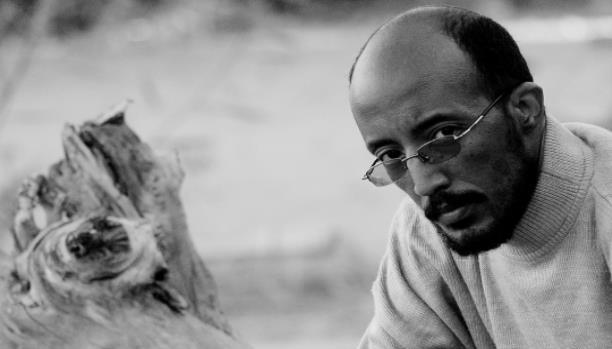Hammour Ziada wins 2014 Naguib Mahfouz Medal for Literature