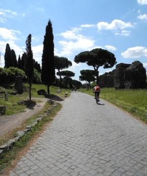 Strolling Through Rome: The #118Bus